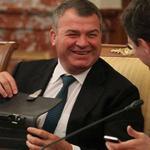 ердюкова не дают посадить влиятельные силы в руководстве страны