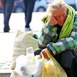 Добро пожаловать в бомжи. Сергей Шаргунов об инициативе отбирать за долги единственное жилье