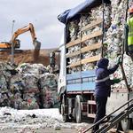 Россию превращают в мусорную газовую камеру