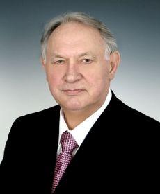 В память о Ю.Д. Маслюкове